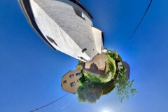 Tiny Planet_Trimbs vor Kirche 02